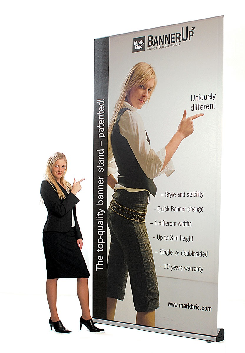 BannerUp Plus 60 Retractable Banner Stand